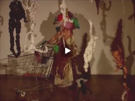 """Vidéo """"Doll'art"""" de Catherine Gil Alcala, extrait court"""