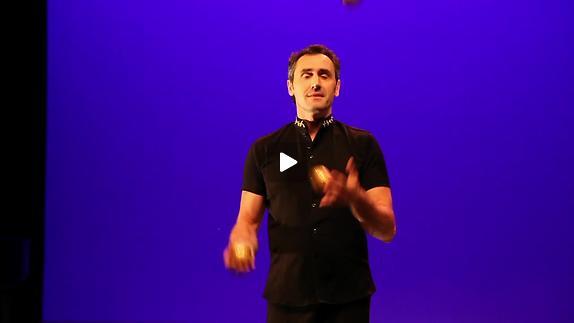 """Vidéo """"Quatuor de jongleurs"""" - Entretien avec Vincent de Lavenère"""