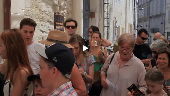 """Vidéo Jeunes critiques en Avignon - """"Beautés cachées"""" - Riquet"""