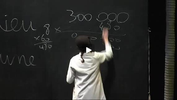 """Vidéo """"Dieu est-elle une particule ?"""" de Meriem Menant, extrait : les calculs"""