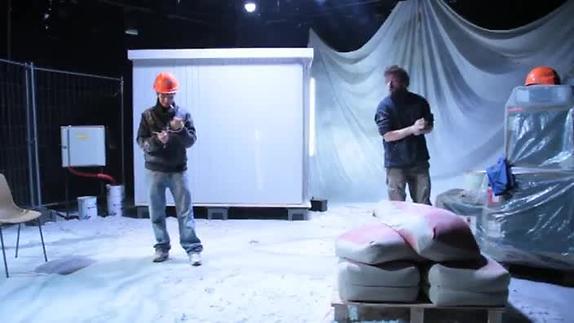 """Image du spectacle """"En travaux"""" de P. Sales, vidéo de présentation de Web.Ea.Tv"""