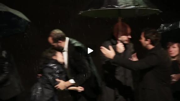 """Vidéo """"Jusque dans vos bras"""" - Les Chiens de Navarre - Teaser"""
