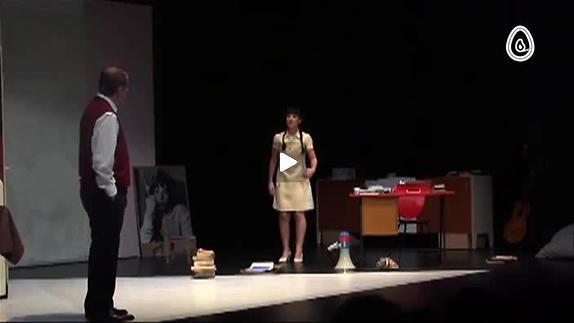 """Vidéo """"J'avais un beau ballon rouge"""", m.e.s. Michel Dydim - Publicité"""