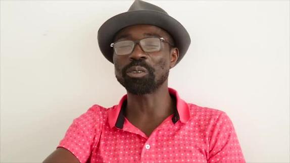 """Vidéo """"Antoine m'a vendu son destin""""/ """"Sony chez les chiens"""" - Entretien D.Niangouna 1"""