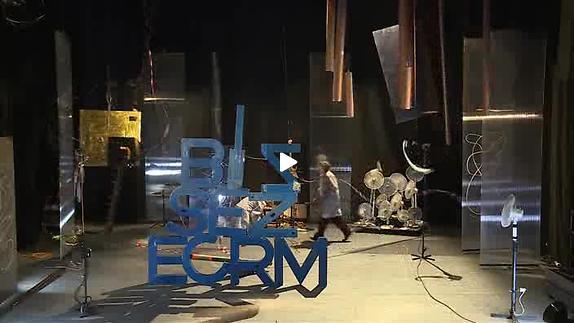 """Vidéo """"Forbidden di sporgersi"""", extraits"""