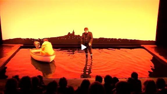 """Vidéo """"Pourquoi j'ai jeté ma grand-mère dans le Vieux-Port"""", extrait vidéo"""