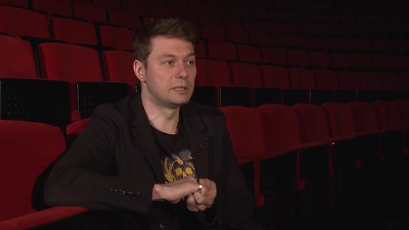 """Vidéo """"Mon prof est un troll"""" - Interview de Baptiste Guiton, metteur en scène"""