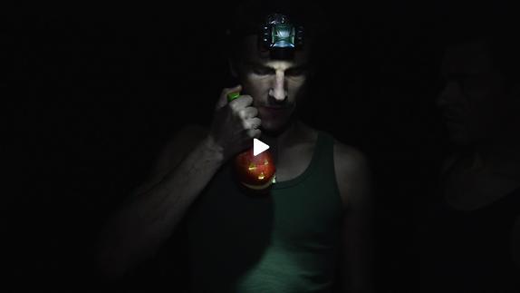 """Vidéo """"Le Moche"""", m.e.s.  Annika Weber / Un Jour aux rives - Bande-annonce"""