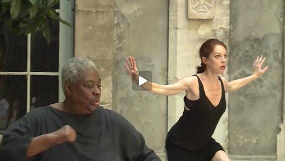 "Vidéo Roser Montlló Guberna & Elsa Wolliaston - ""Sisters"" - Extrait"