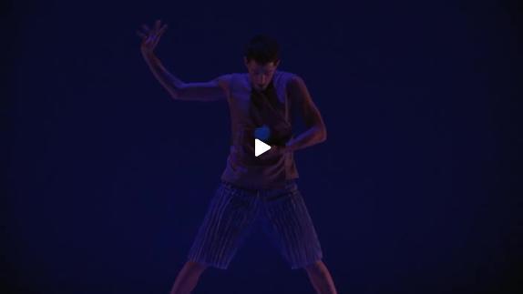 """Vidéo """"Dot"""" de Juan Pablo Mendiola, extraits"""