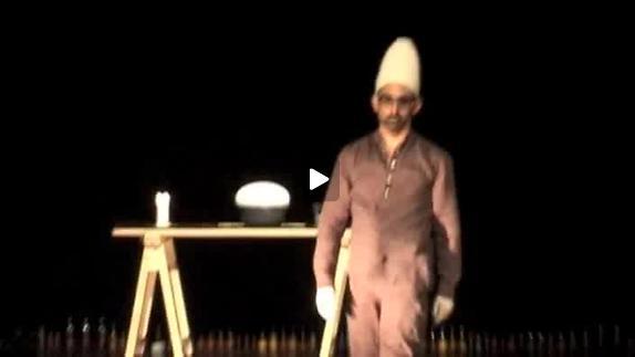 """Vidéo """"Drugs kept me alive"""" de Jan Fabre, bande-annonce"""