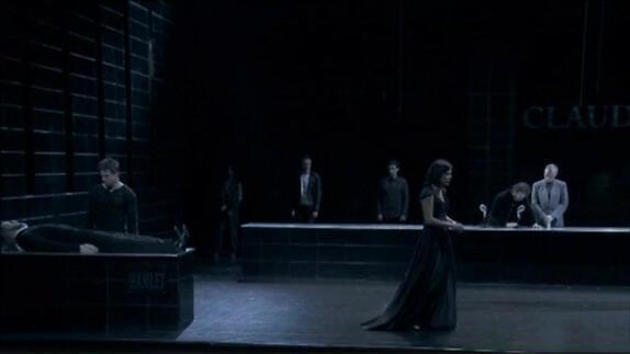 "Vidéo ""Hamlet"", m.e.s. David Bobée, extraits (2012)"