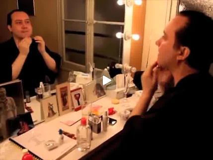 Vidéo Une visite inopportune, m.e.s. Ph. Calvario - Entretiens comédiens (Partie 1)