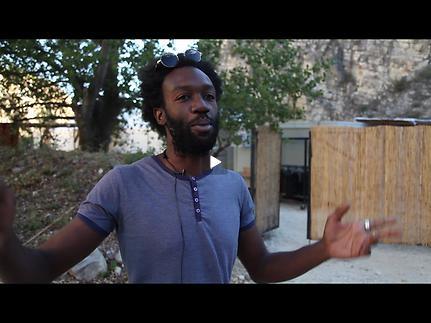 Vidéo Jeunes critiques en Avignon - Soleils noirs