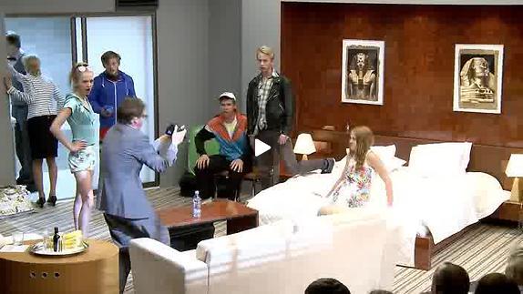 "Vidéo ""NO51 Mu naine vihastas..."" de Teater NO99 - Teaser"