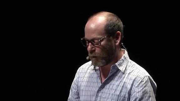 """Vidéo """"Joueurs, Mao, Les Noms"""", J. Gosselin présentation par Arthur Nauzyciel"""