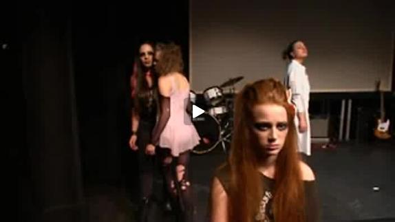 """Vidéo """"Les jeunes"""" de David Lescot, m.e.s. Colette Regibeau, reportage"""