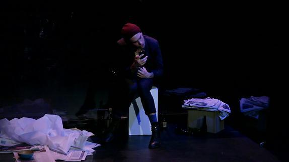 """Vidéo """"Petites histoires de la folie ordinaire"""", m.e.s. J. Rivière - Bande-annonce"""