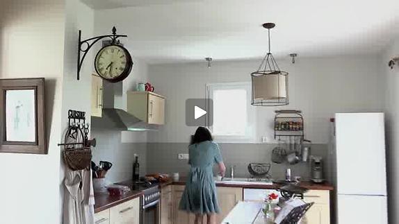 """Vidéo """"Cuisine et dépendances"""". Teaser, par C.T. Créations."""