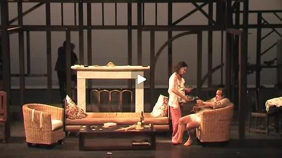 """Image du spectacle """"Les arrangements"""" de P. Sales, m.e.s. L. Hemleb, extrait"""