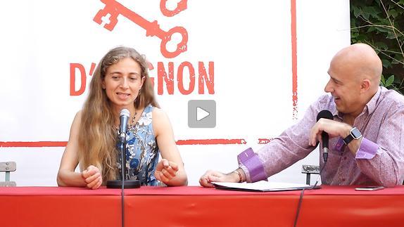 """Vidéo Ambra Senatore pour """"Scena madre*"""""""