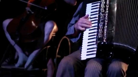 """Vidéo """"Le dur désir de durer"""" - Cie Théâtre Dromesko - Teaser"""