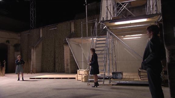 """Vidéo """"Iphigénie"""" - Racine, Chloé Dabert - Extraits"""