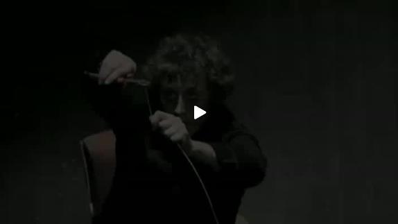"""Vidéo """"Le Soir des monstres"""" d'Etienne Saglio et Raphaël Navarro, bande-annonce"""