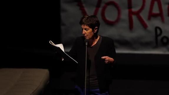 "Image du spectacle Christine Angot, ""Diner en ville"" entretien avec Wajdi Mouawad"