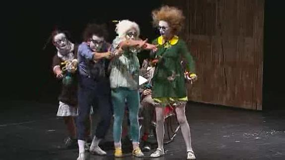 Vidéo Semianyki (La Famille), m.e.s. Collectif Teatr Licedei - Bde-annonce