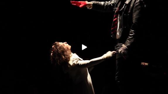 """Vidéo """"Monsieur, Blanchette et le loup"""" de J. Pliya, m.e.s. P. Antonini, Bande-annonce"""