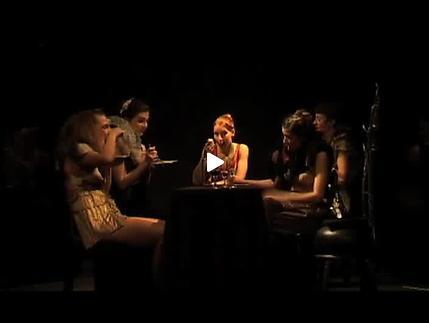 """Vidéo """"Top Girls"""", m.e.s. Aurélie Van Den Daele, extraits"""