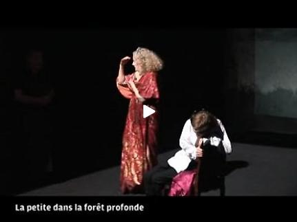 Vidéo Les Métamorphoses (La Petite dans la forêt profonde) - extrait vidéo