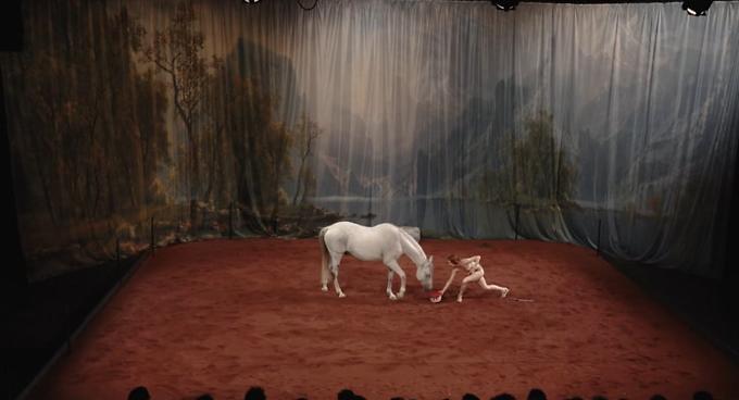 """""""Hate, Tentative de duo avec un cheval"""" · Laetitia Dosch (captation intégrale)"""