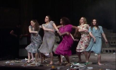 """Palermo, Palermo"", un spectacle de Pina Bausch, Tanztheater Wuppertal (captation intégrale restaurée)"