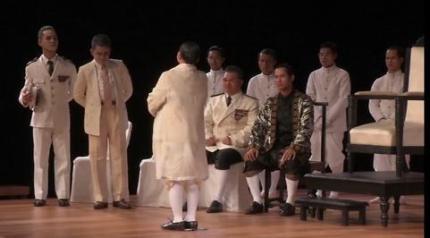 (1) L'Histoire terrible mais inachevée de Norodom Sihanouk, roi du Cambodge - Première époque (version khmère) par le Théâtre du Soleil