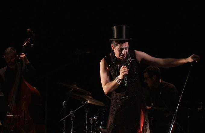 """Miss Knife chante Olivier Py"" au théâtre Sorano"