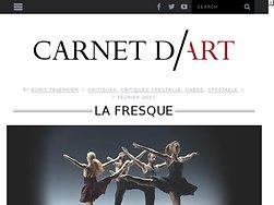 Ballet de formes et de sons, voyage au kaléidoscope.