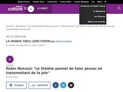 """Robin Renucci: """"Le théâtre permet de faire penser en transmettant de la joie"""""""